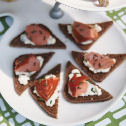 Chilled Salmon Appetizers Recipe