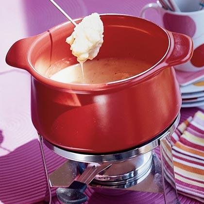 Classic Swiss Fondue Recipe