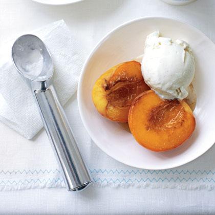Caramelized Peaches with Ice Cream