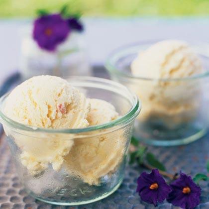 Easy Dreamy Peachy Ice Cream Recipe