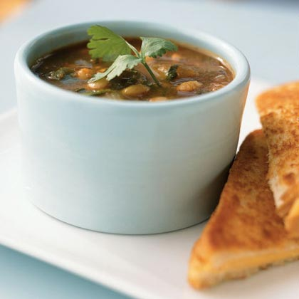 Spicy Tomato and White Bean Soup
