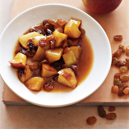 Chunky Apple and Raisin Sauce