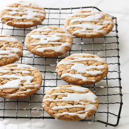 Frosted Ginger Cookies RecipeWe love these 100 calorie frosted ginger cookies' soft texture and bright spice flavor.  Frosted ginger cookies are perfect for gifts and Christmas cookie swaps.