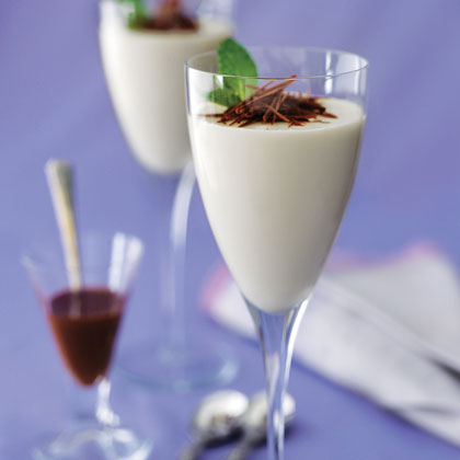White Chocolate Panna Cotta With Dark Chocolate SauceRecipe