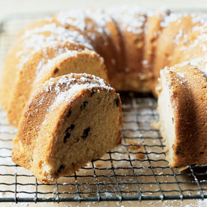 Chocolate Chip Irish Cream Pound Cake Recipe