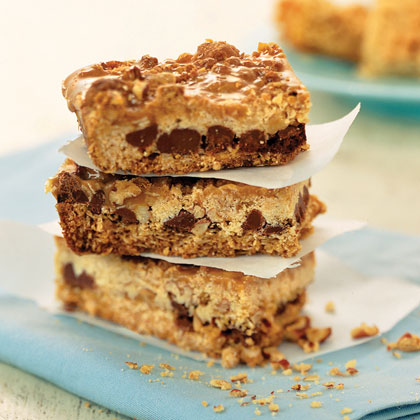 Caramel-Pecan Oatmeal Bars Recipe
