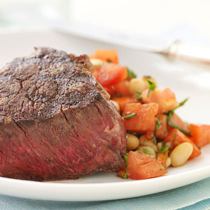 <p>Steaks with Tuscan-Style Cannellini Salad</p>