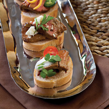 Chipotle Tenderloin Bruschetta