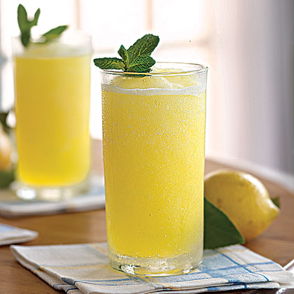 Frozen Lemonade RecipeOn a hot day, it's hard to beat a tall glass of slushy frozen lemonade. Blend sliced lemon, superfine sugar, water, and lemon juice with ice for a frozen drink that the whole family will love.