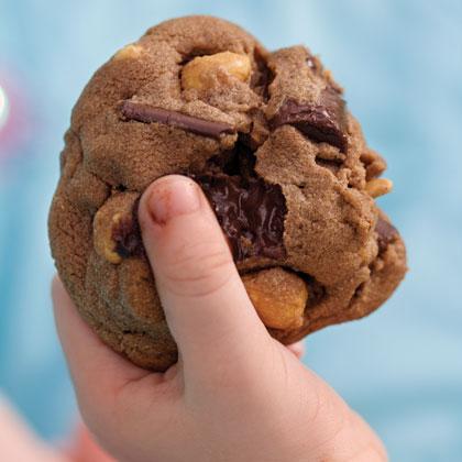 Double Chocolate Chunk-Peanut Cookies