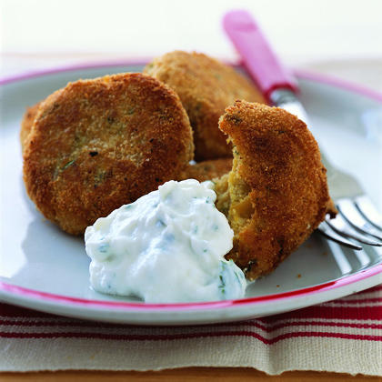 Crispy Falafel with Yogurt Dip Recipe