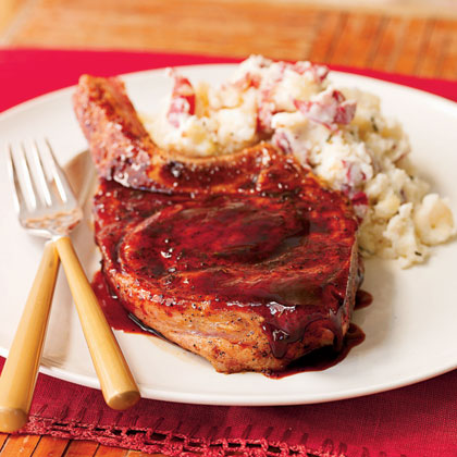 Pork Chops with Ancho Chile Rub and Raspberry Glaze