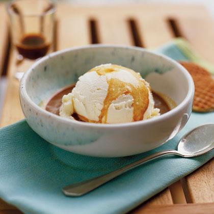 Vanilla Ice Cream  Drowned  in Espresso (Affogato al Caffè)