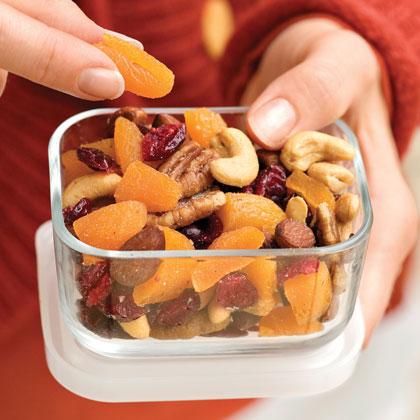 Healthful Fruit-and-Nut MixRecipe