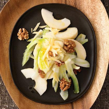 Asian Pear, Fennel, and Walnut Salad