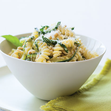 Zucchini Fusilli RecipeThe sauce for this fast weeknight supper is pure comfort food, a simple mixture of grated Parmesan, sautéed zucchini, butter, and olive oil. If you can't find long fusilli noodles, substitute short fusilli or any curly shaped noodle that the cheese can cling to easily.