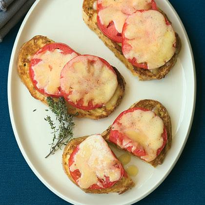 Tomato Breakfast Toasts Recipe