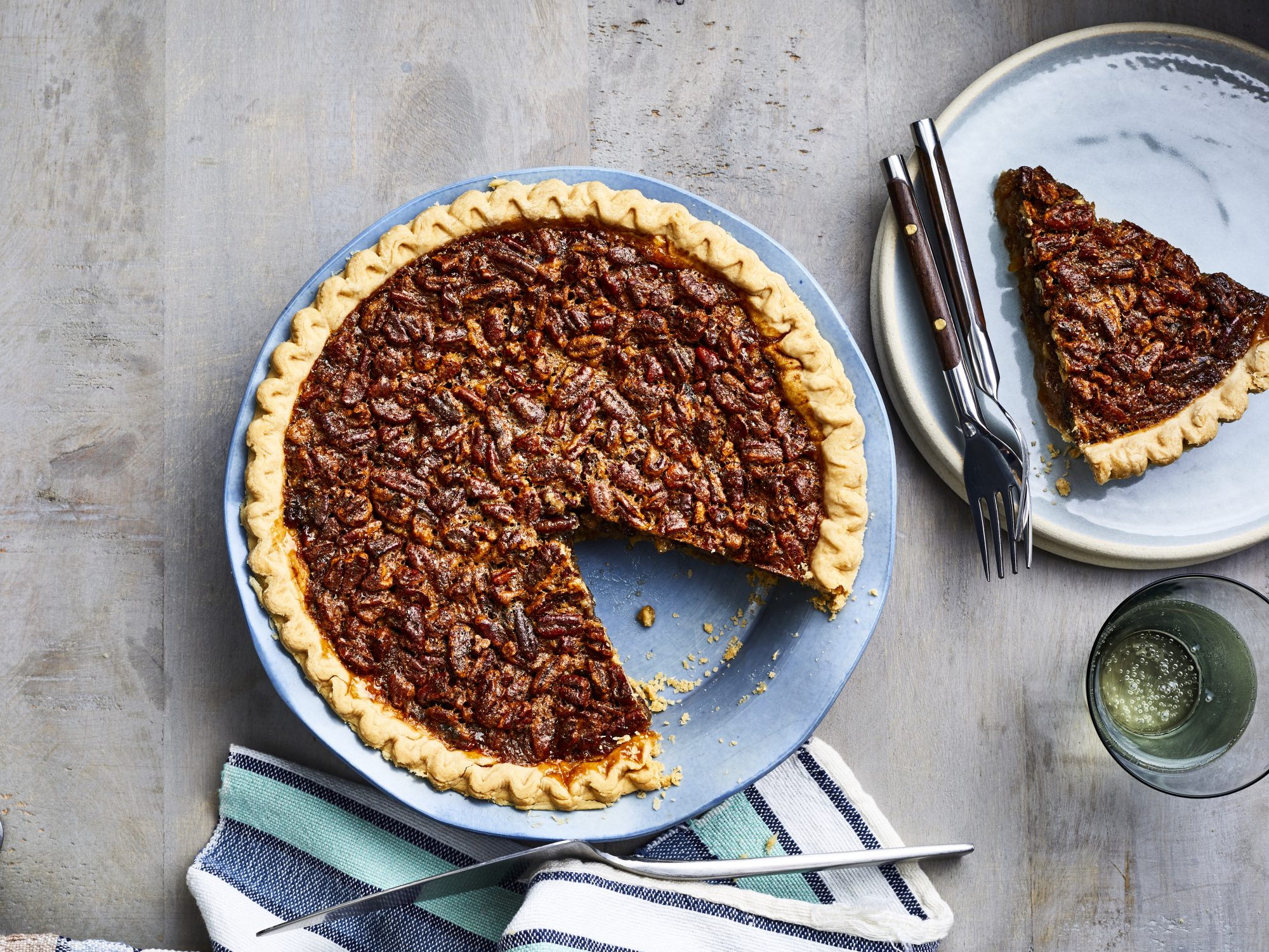 mr- mom's pecan pie reshoot
