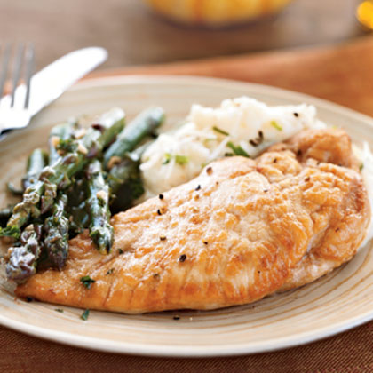 Chicken and Asparagus in White Wine Sauce Recipe