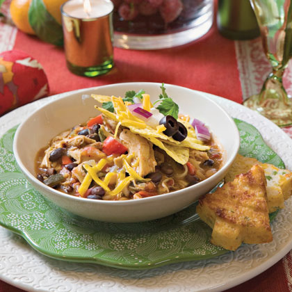 Save time by making this chicken chili with smoked chicken from your favorite barbecue restaurant, or use a barbecue-flavored rotisserie chicken from your local supermarket.Smoky Chicken Chili Recipe