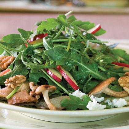 Mushroom, Apple, and Goat Cheese Salad Recipe
