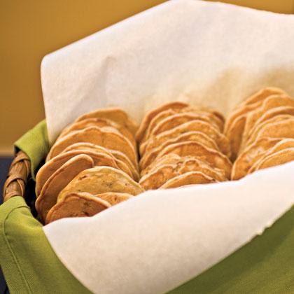 Pecan-Buttermilk Dressing Cakes Recipe