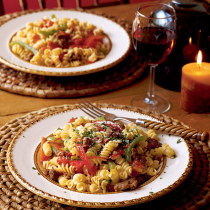 Spicy Sausage-and-Pepper Rotini Recipe