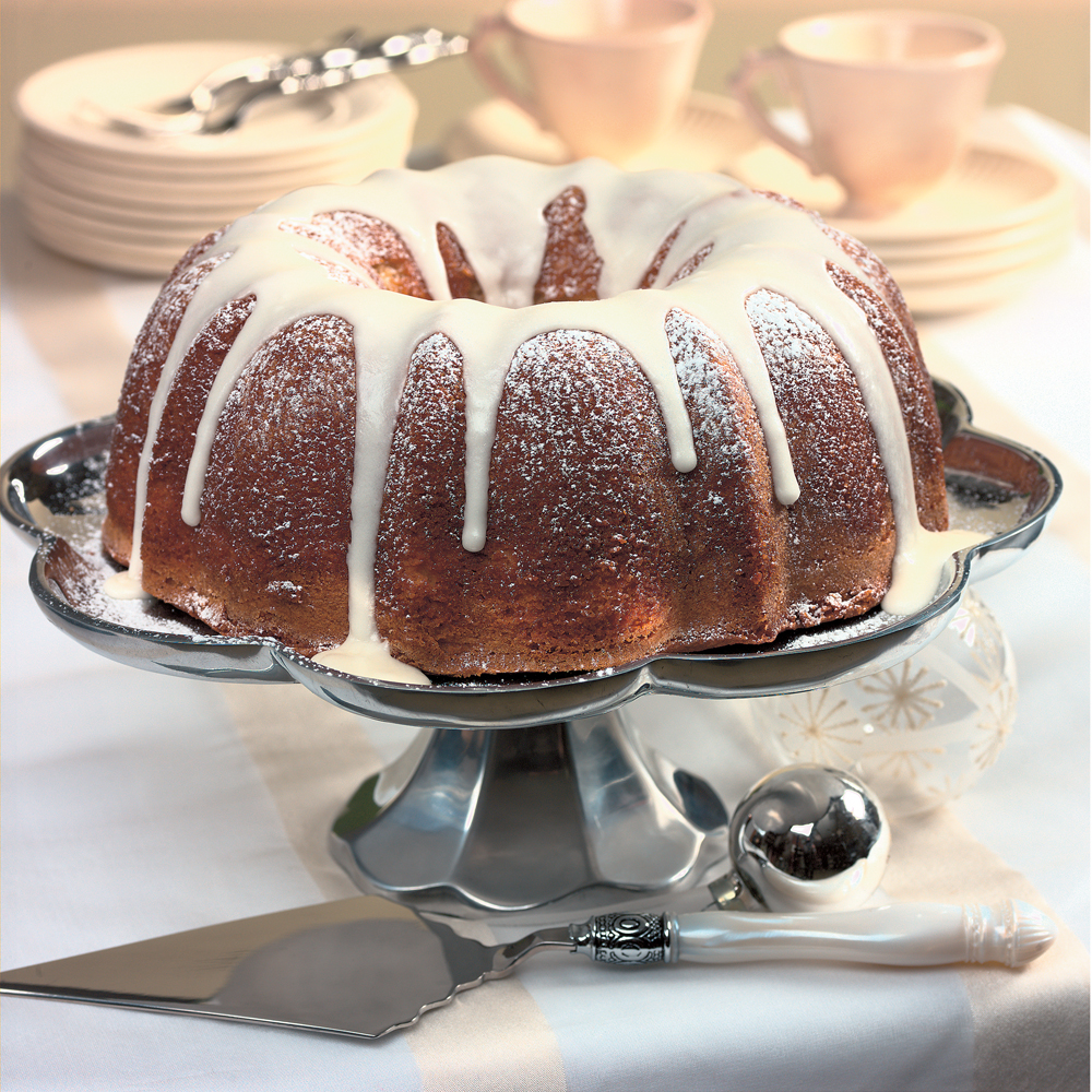 Spiced Eggnog Cake