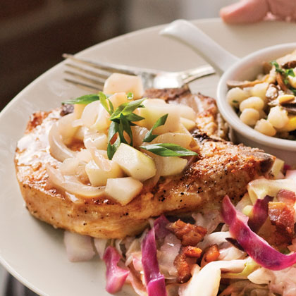 Pork Loin Chops With Pear-and-Vidalia Pan Gravy
