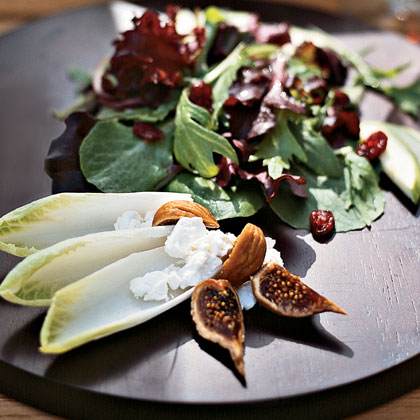 Mesclun Greens with Dried Figs and Goat CheeseRecipe