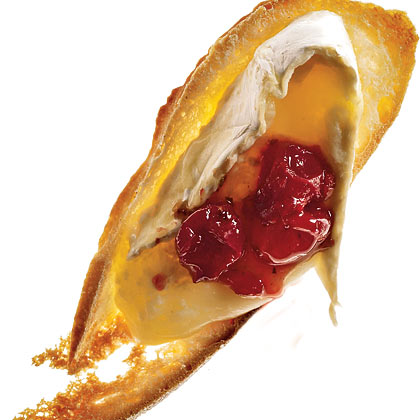 Baked Brie With Cran-Apple ChutneyRecipe