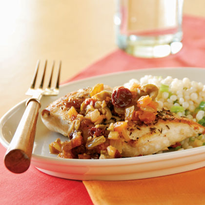 Moroccan Chicken with Fruit and Olive Topping