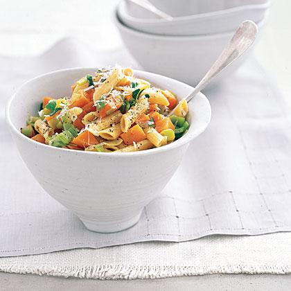 Multigrain Pasta with Sweet Potatoes and Leeks