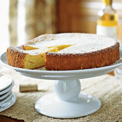 <p>Almond-Saffron Cake</p>