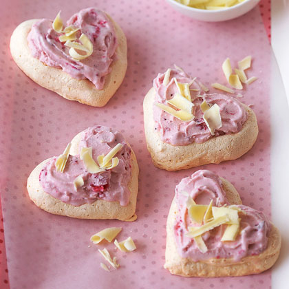Meringue Hearts RecipeThese airy 5-ingredient cookies makes just 4 servings so double the recipe if you're making the treats for a crowd.
