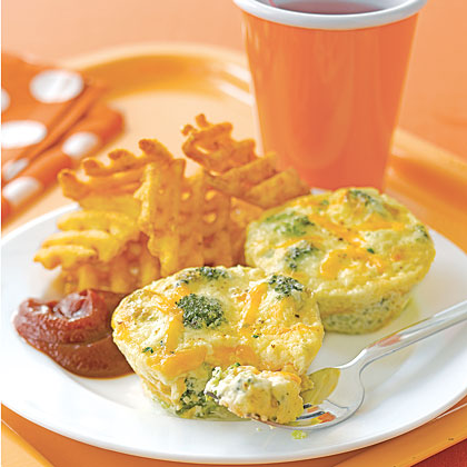 Who needs a pie pan or pastry dough when you've got muffin tins? This quiche recipe combines the standard custard mixture with steamed broccoli and cheddar cheese baked into muffin-sized mini quiches. These are the perfect breakfast treats for your little ones—especially if you have a daily broccoli battle on your hands! Recipe: Broccoli-and-Cheddar Mini Quiches