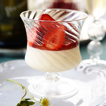Panna Cotta Al Mascarpone Con Fragole Recipe Myrecipes Com