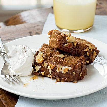 Old-Fashioned Oatmeal Honey Apple Cake