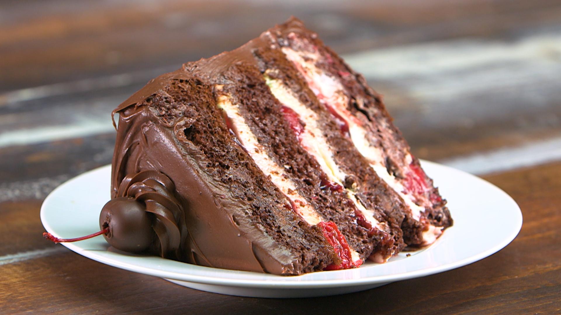 Black Forest Cake Recipes In Marathi: Easy Black Forest Cake Recipe