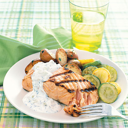Grilled Salmon with Yogurt-Mint Sauce