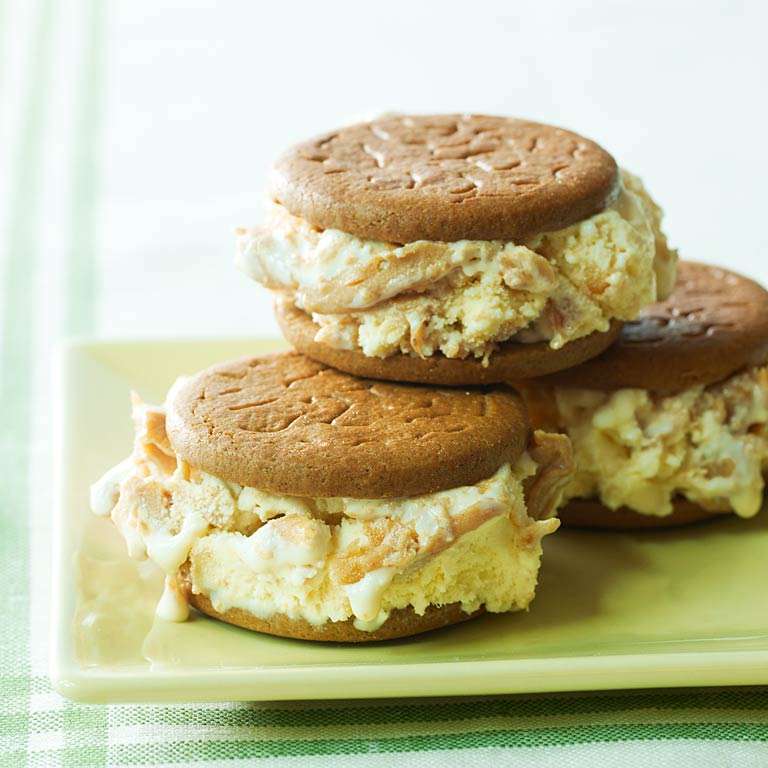 Peanut Butter Ice Cream SandwichesRecipe