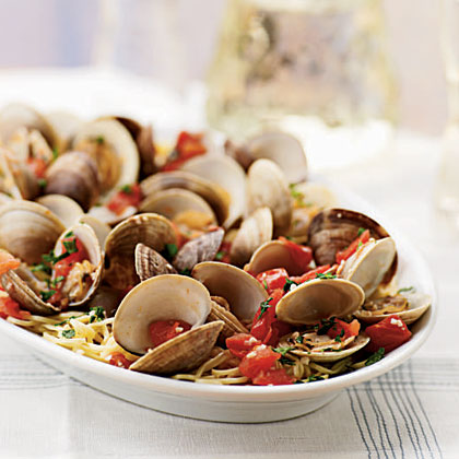 Steamed Clams and Tomatoes with Angel Hair Pasta Recipe