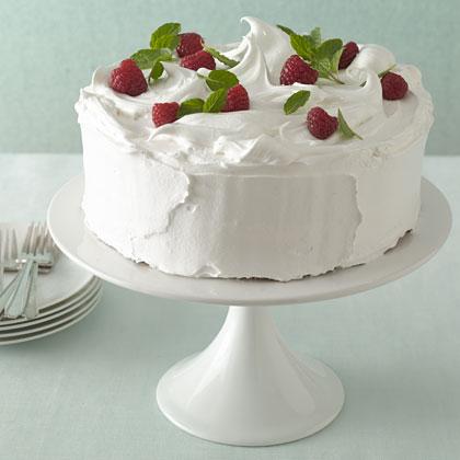 meringue-berry-cake