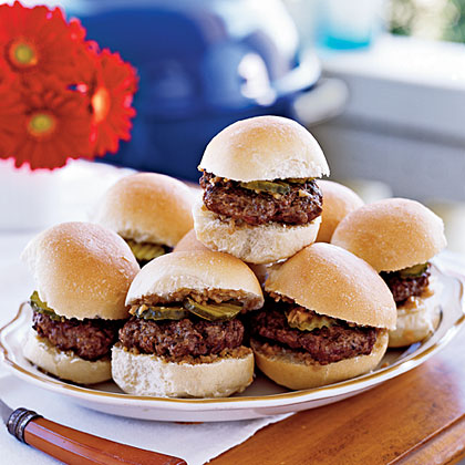 Sliders with Shallot-Dijon Relish Recipe