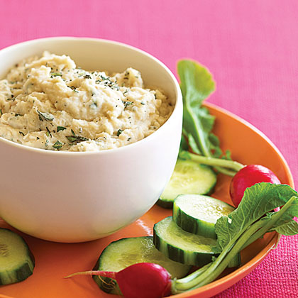 Garlicky White Bean Dip