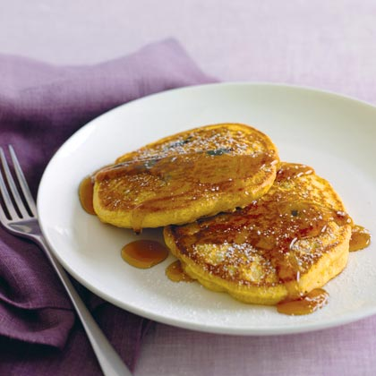 Whole-Wheat Blueberry Pancakes Recipe