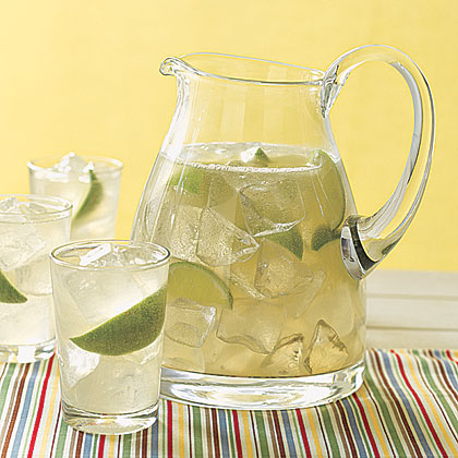 Refreshing and sweet, Ginger Limeade is an easy way to brighten up any menu.Ginger Limeade Recipe