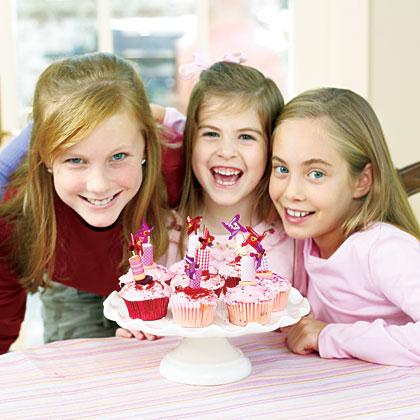Notable Valentine Cupcakes