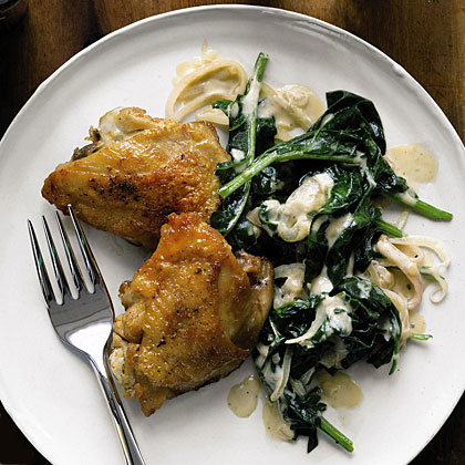 Chicken with Creamy Spinach and Shallots