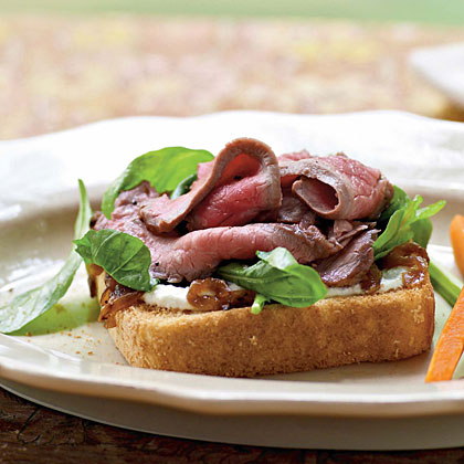 Open-Faced Beef Sandwiches with Greens and Horseradish Cream